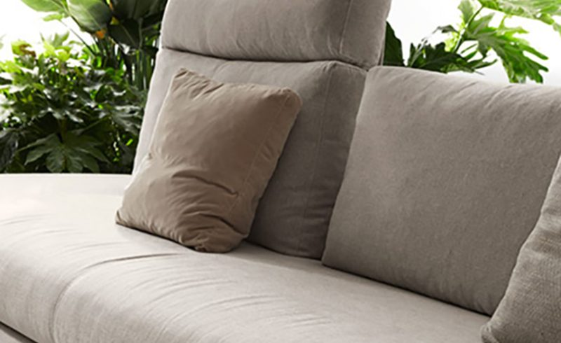 DiTre Italia rinnova il divano Bijoux con una veste completamente nuova
